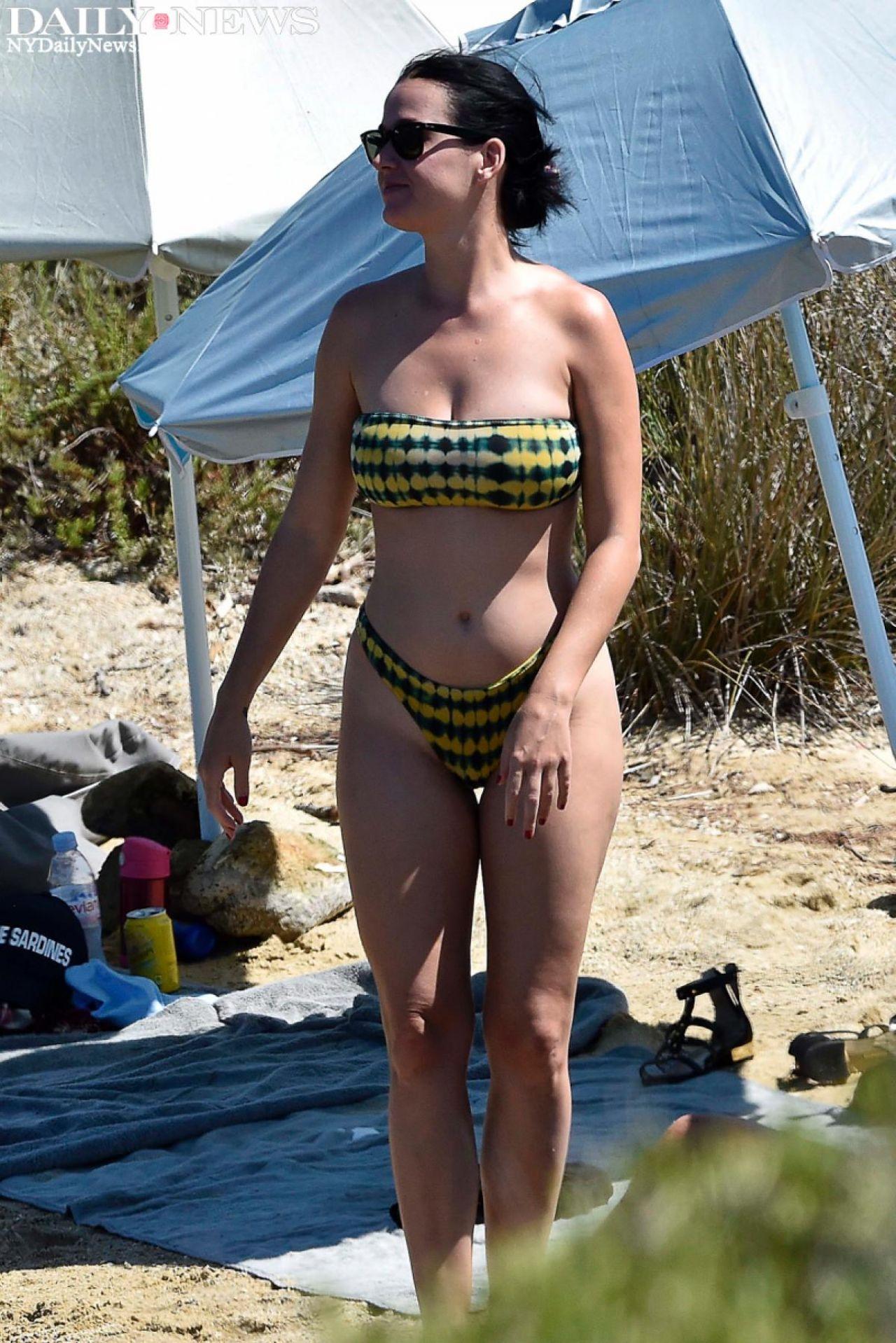 Katy Perry Bikini Photos Beach In Italy 8 3 2016