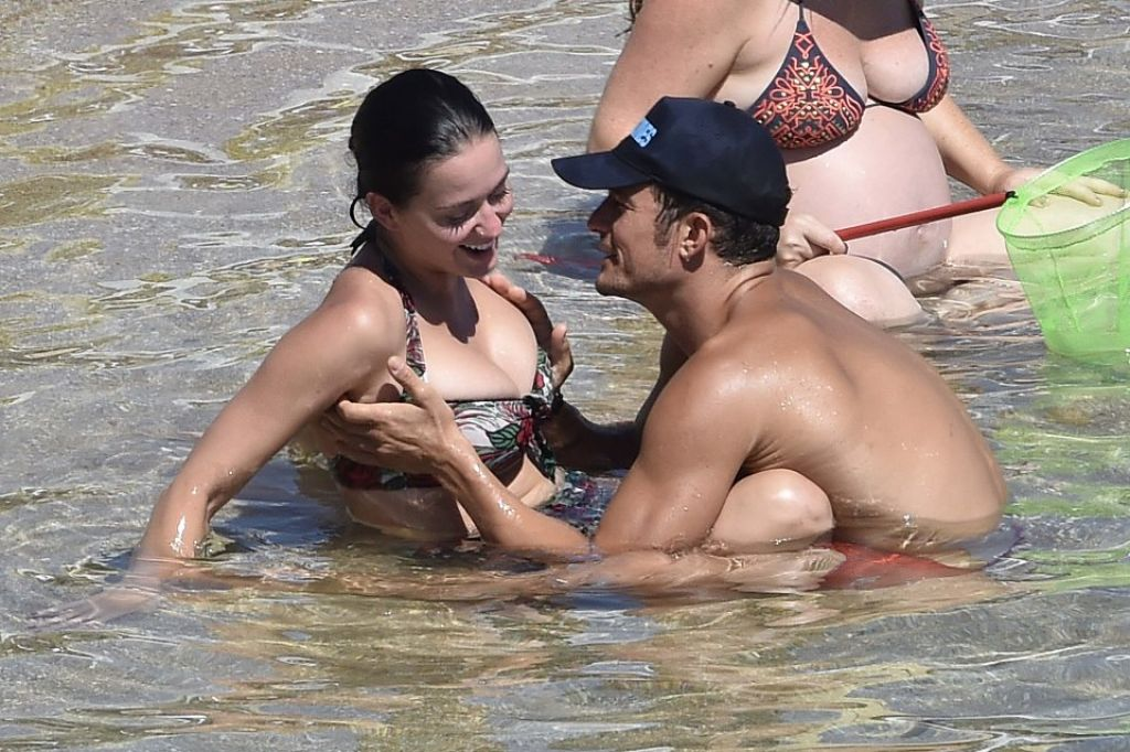 katy perry at the beach naked