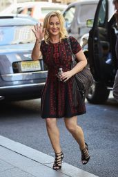 Kellie Pickler - Returning to her hotel in New York City 8/22/2016
