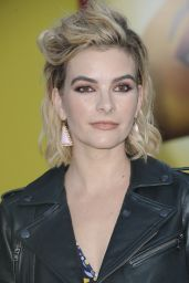Kelly Oxford – 'Sausage Party' Movie Premiere in Los Angeles 8/9/2016