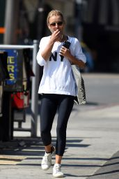 Kelly Ripa in Tights - Out in West Hollywood 8/11/2016