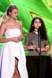 Kelsea Ballerini, Alessia Cara and Bebe Rexha – Teen Choice Awards 2016 in Inglewood, CA