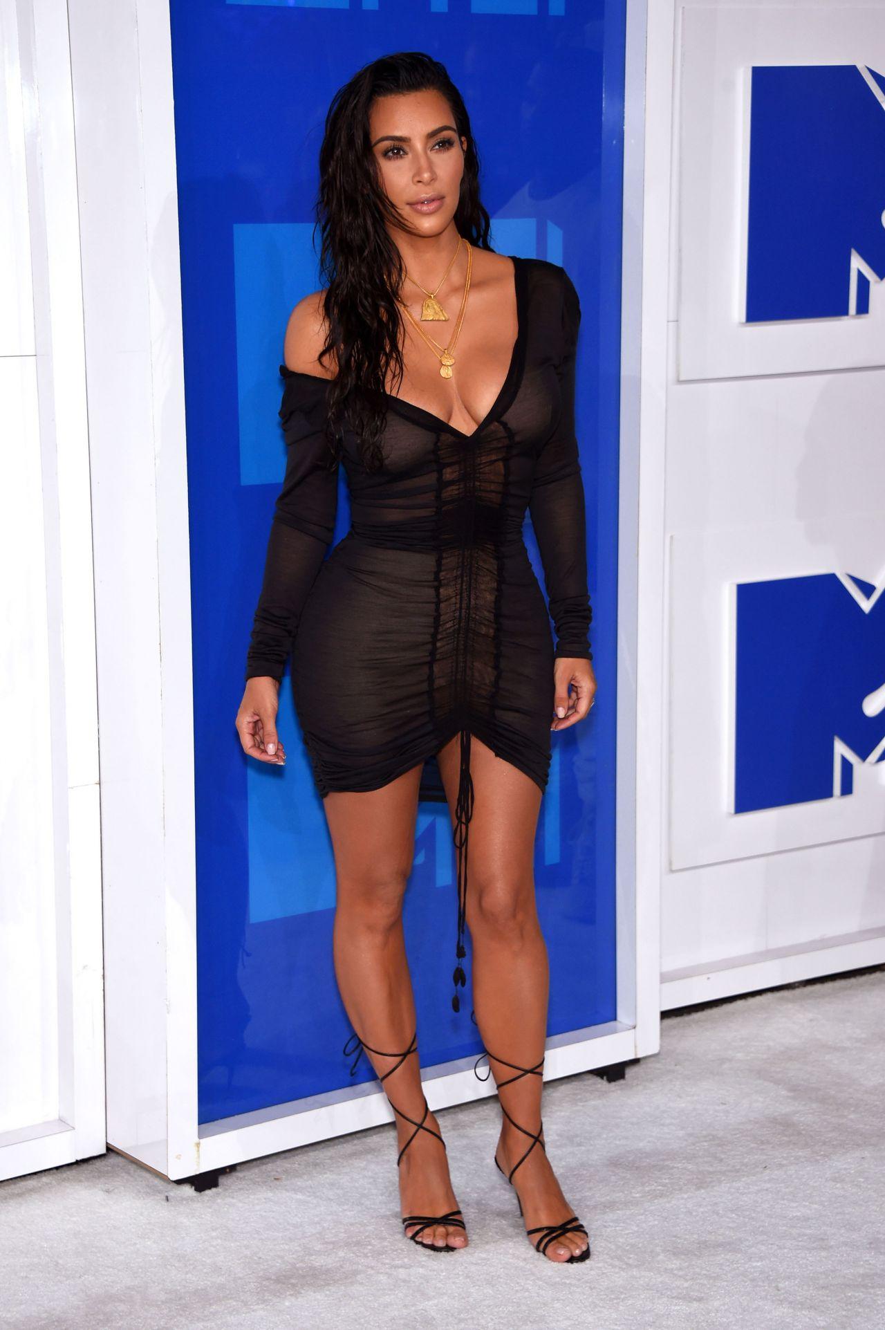 Kim Kardashian – MTV Video Music Awards 2016 in New York ... Kim Kardashian