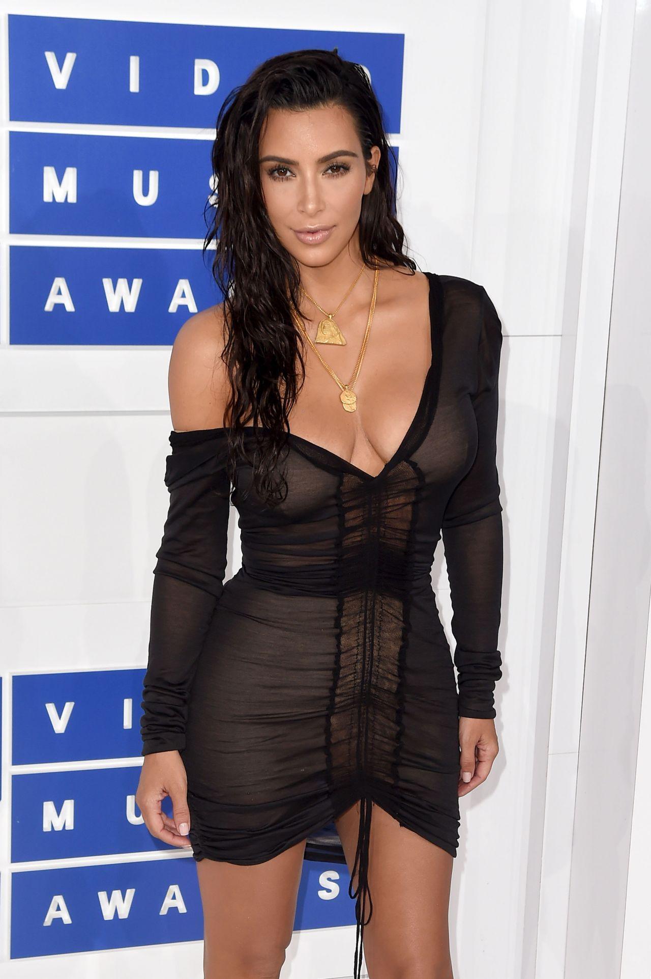 Kim Kardashian Mtv Video Music Awards 2016 In New York