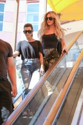 Kourtney & Khloe Kardashian - Shop in Encino 8/23/2016