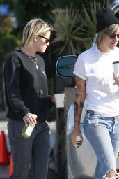 Kristen Stewart With Her Girlfriend in Los Feliz 8/20/2016