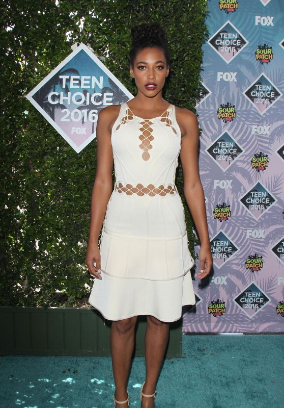 Kylie Bunbury – Teen Choice Awards 2016 in Inglewood, CA