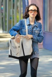 Lily Collins Leaving a Gyn in West Hollywood 8/23/2016