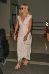 Margot Robbie at LAX Airport 8/23/2016