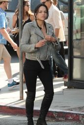 Michelle Rodriguez - Hangs Out Along Abbot Kinney Boulevard in Venice, Ca 8/28/2016