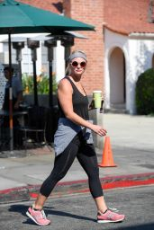 Miranda Lambert Street Style - at Urth Cafe in West Hollywood 8/3/2016
