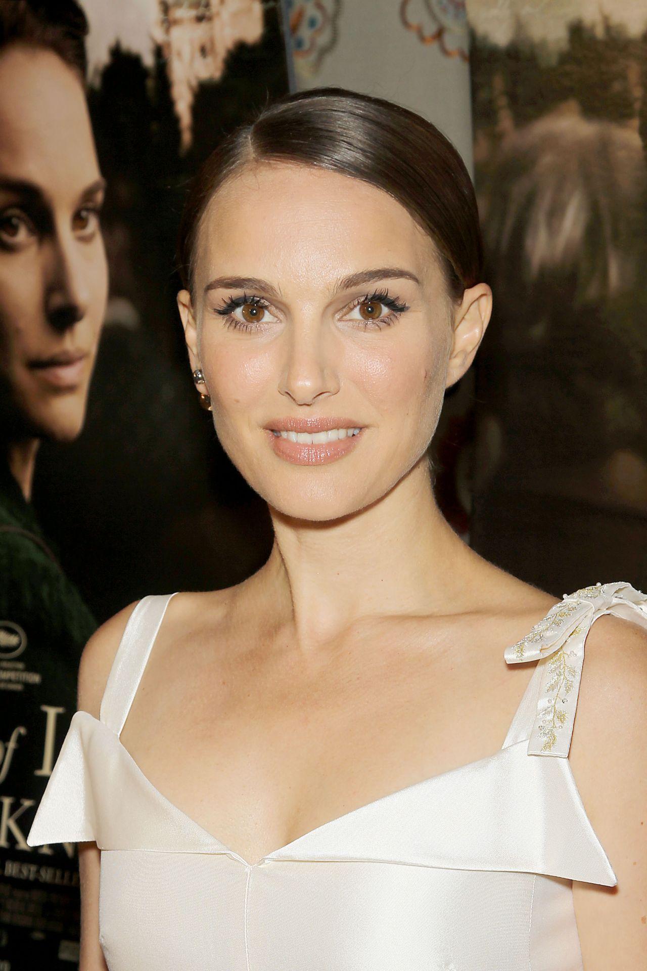 Natalie Portman - 'A Tale of Love & Darkness' Premiere in ... Natalie Portman