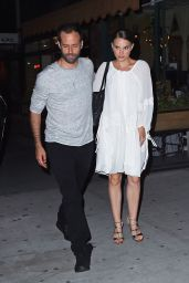 Natalie Portman Night Out Style - Leaving Il Buco Italian Restaurant in NYC 8/15/2016