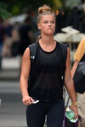 Nina Agdal Going to a Gym in New York City 8/10/2016