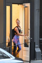 Nina Agdal in Spndex at SoulCycle in New York City 8/11/2016