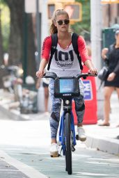 Nina Agdal - Out in NYC 8/21/2016