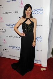 Perrey Reeves – BCBG Make-A-Wish Fashion Show in Los Angeles 8/24/2016