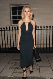 Pixie Lott Fashion Style, London 8/2/2016