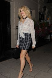 Pixie Lott Style and Fashion Inspirations - London 8/10/2016