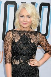 RaeLynn – 10th Annual ACM Honors in Nashville 8/30/2016