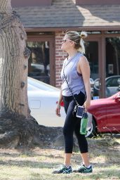 Reese Witherspoon at a Yoga Class in Brentwood 8/1/2016