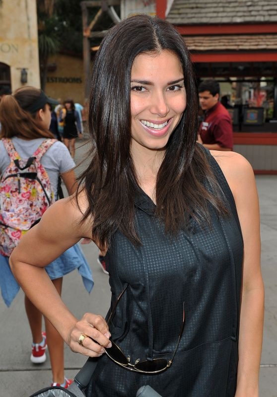Roselyn Sanchez - Visits Camp Snoopy At Knott