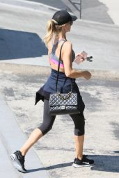 Rosie Huntington Whiteley - Leaving a Gym Los Angeles 8/29/2016
