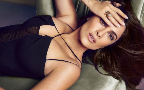 salma-hayek-wallpapers-3-1