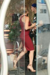 Scarlett Johansson - On the Set of
