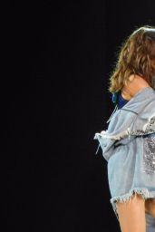Selena Gomez Performing in Melbourne, Australia 8/6/2016