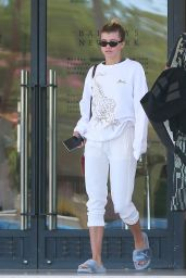 Sofia Richie Street Style - Leaving Barney