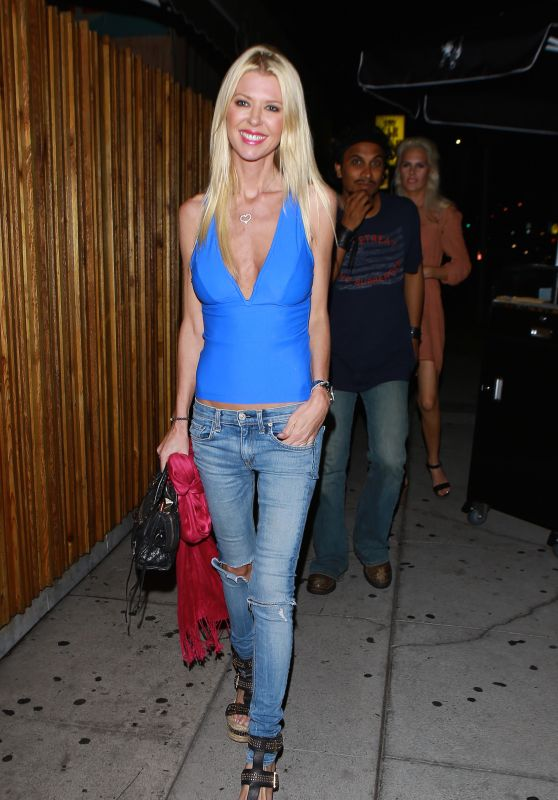 Tara Reid Night Out Style - Nice Guy in West Hollywood 8/6/2016