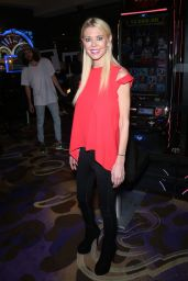 Tara Reid Unveil the New TMZ slot Machine in Las Vegas August 8/28/2016