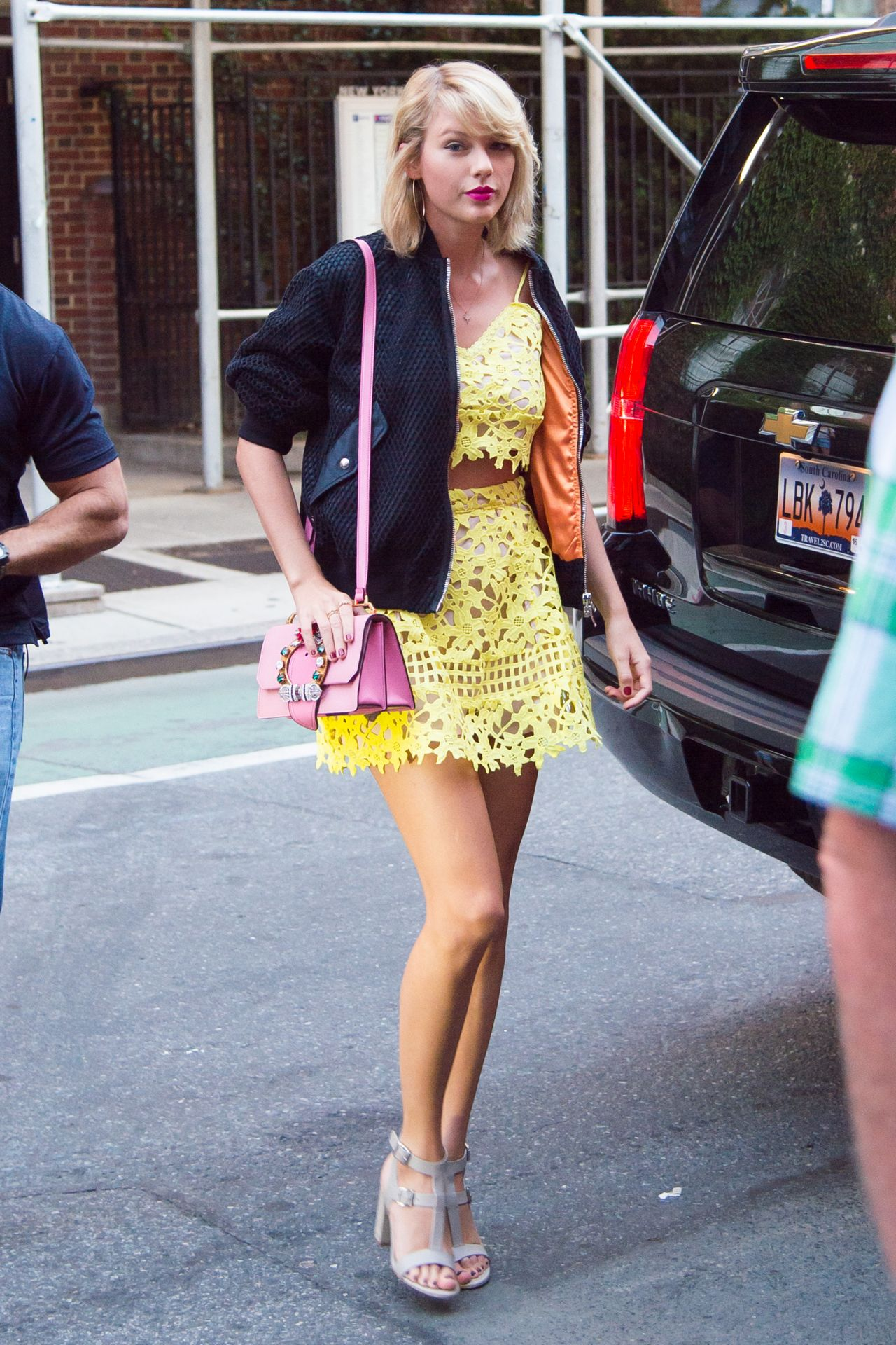 Taylor Swift Cute Outfit Ideas New York City 8 24 2016