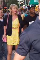 Taylor Swift  Cute Outfit Ideas - New York City 8/24/2016