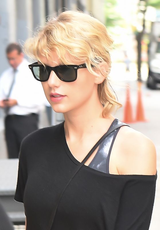 Taylor Swift Gym Style - NYC 8/8/2016