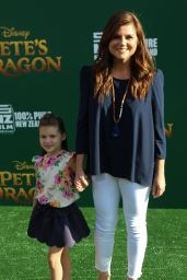 Tiffani Thiessen – 'Pete's Dragon' Premiere in Hollywood 8/8/2016