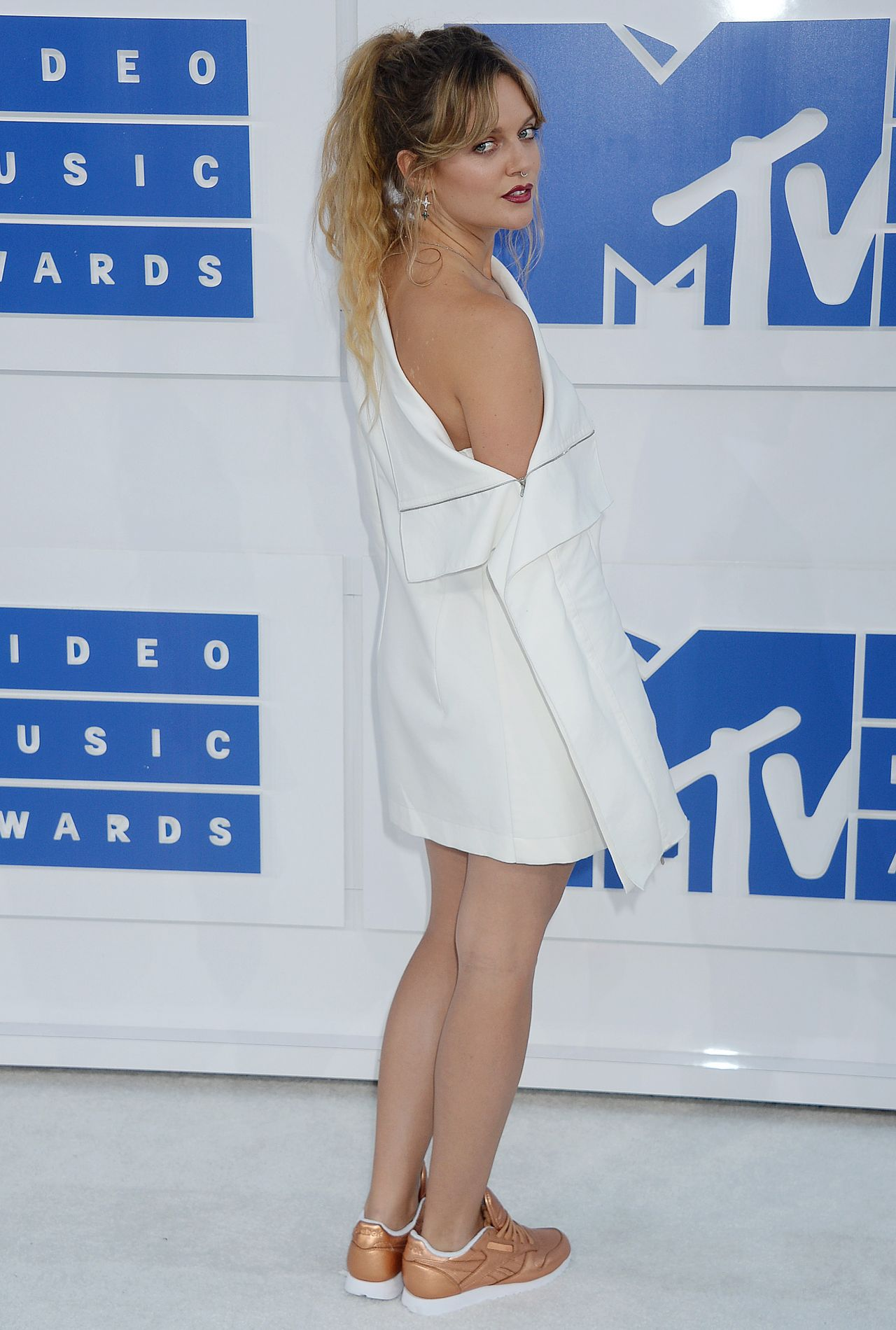 Tove Lo Mtv Video Music Awards 2016 In New York City 8
