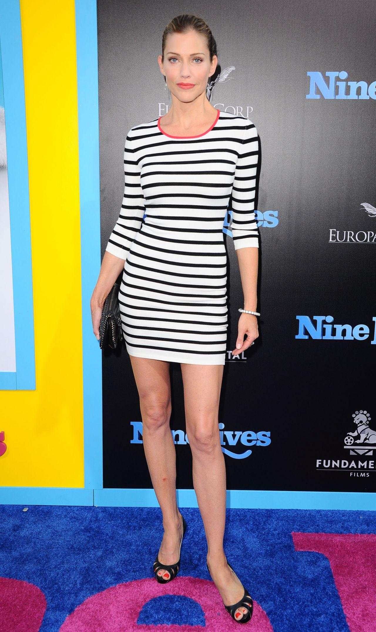 Tricia Helfer Nine Lives Premiere In Hollywood 8 1 2016