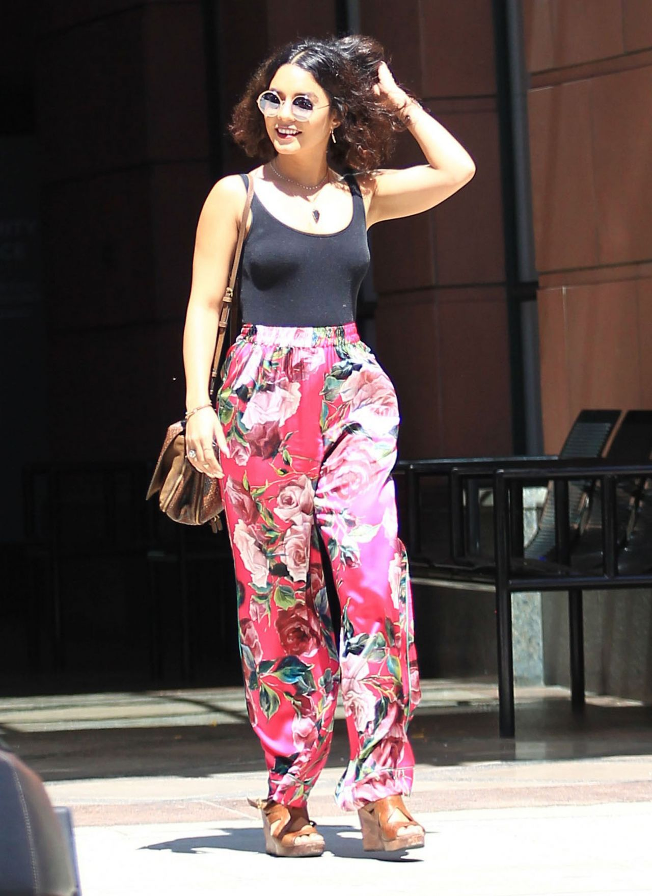 Vanessa Hudgens Summer Street Style Out In Beverly Hills 8 15 2016