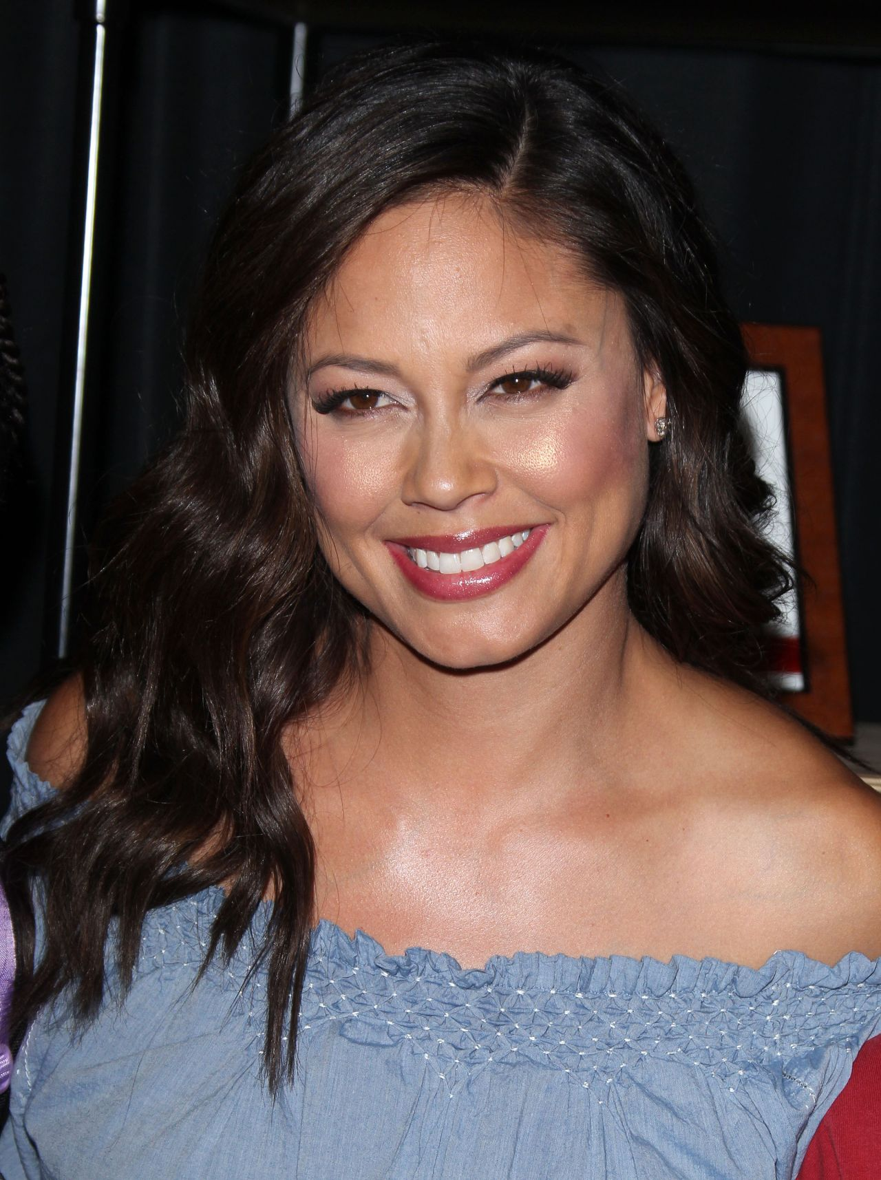 Vanessa Lachey Jcpenney S Back To School Event In Los Iphone Wallpapers Free Beautiful  HD Wallpapers, Images Over 1000+ [getprihce.gq]