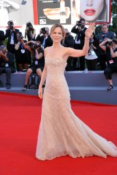 Sonia Bergamasco – Opening Ceremony and 'La La Land' Premiere – Venice Film Festival 2016