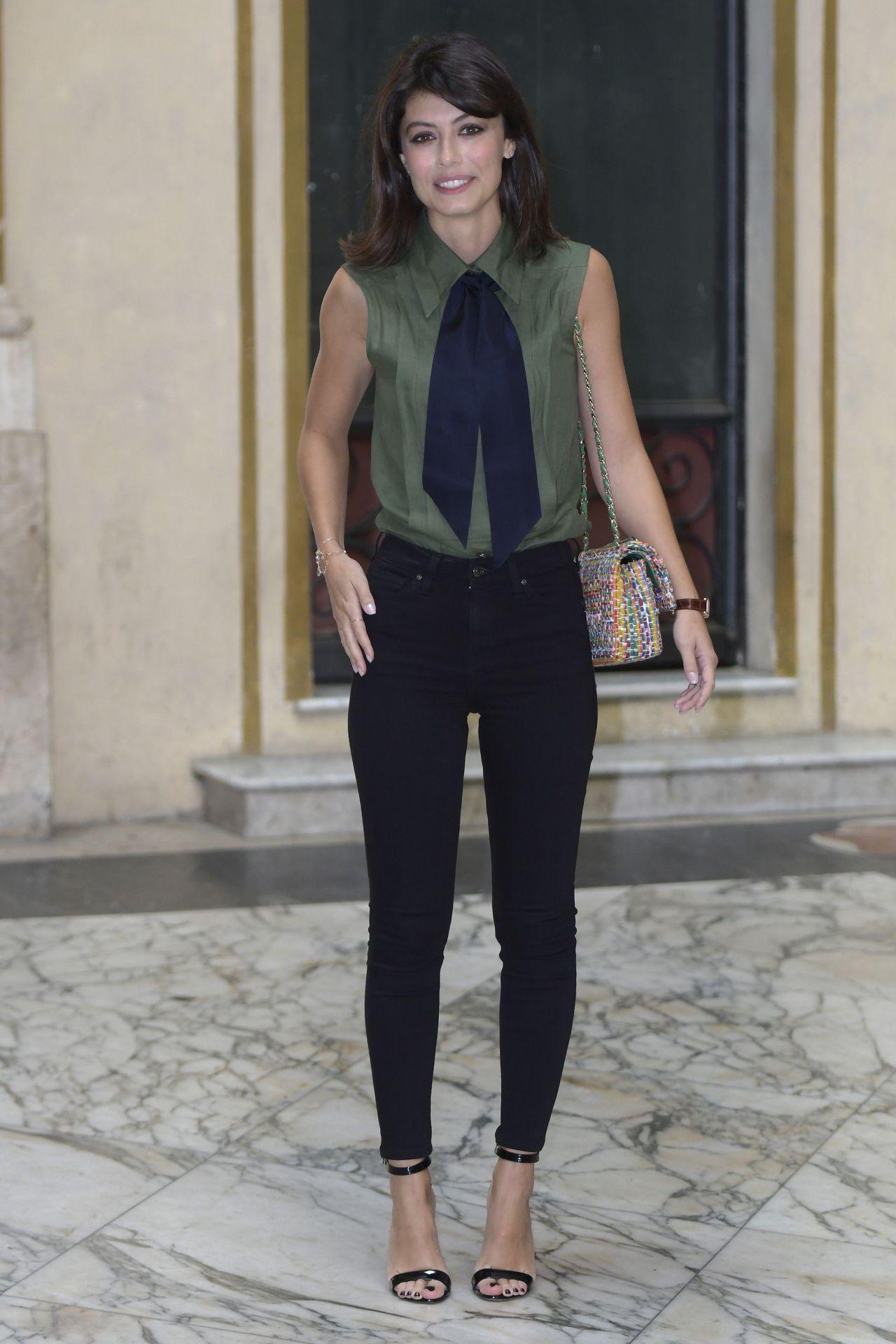Celebrities-Trands: Alessandra Mastronardi – 'L' Allieva ...