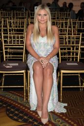 Alli Simpson - Sherri Hill Show - 2017 S/S New York Fashion Week  09/12/2016