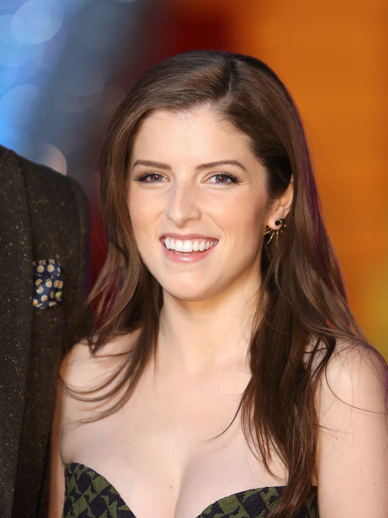 anna kendrick trolls premiere in london 9292016