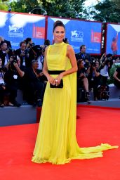 Anna Safroncik – 'La La Land' Film Premiere – Venice Film Festival 8/31/2016