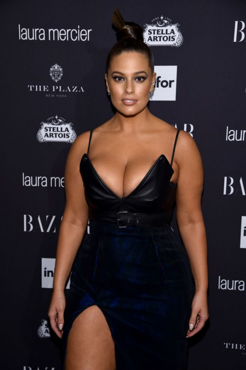 Ashley Graham Harpers Bazaar Icons Party 09 09 2016