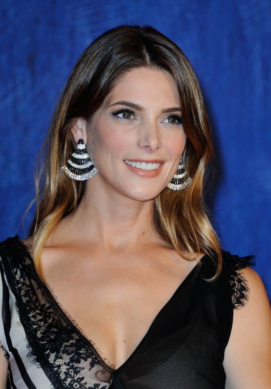 Ashley Greene -