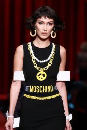 Bella Hadid - Moschino Fashion Show in Milan, September 2016