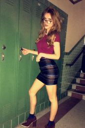 Bella Thorne Social Media Photos, September 2016